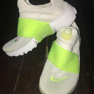 Nike presto lime green size (1y)